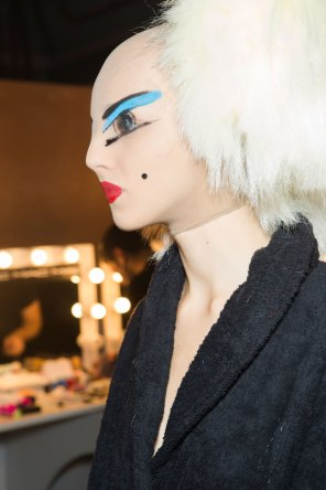 Gareth-Pugh-beauty-spring-2016-fashion-show-the-impression-193