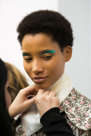 Giambattista-valli-spring-2016-beauty-fashion-show-the-impression-50