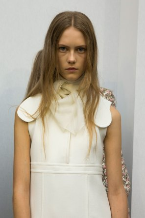 Giambattista-valli-spring-2016-beauty-fashion-show-the-impression-53