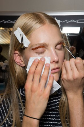 Giambattista-valli-spring-2016-beauty-fashion-show-the-impression-69