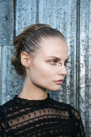 Givenchy-beauty-spring-2016-fashion-show-the-impression-42