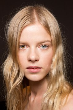 Gucci0-backsatge-beauty-spring-2016-fashion-show-the-impression-026