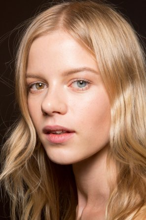 Gucci0-backsatge-beauty-spring-2016-fashion-show-the-impression-029