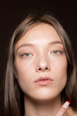 Gucci0-backsatge-beauty-spring-2016-fashion-show-the-impression-034