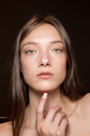 Gucci0-backsatge-beauty-spring-2016-fashion-show-the-impression-036