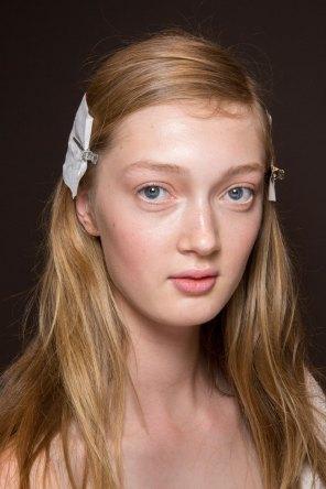 Gucci0-backsatge-beauty-spring-2016-fashion-show-the-impression-067