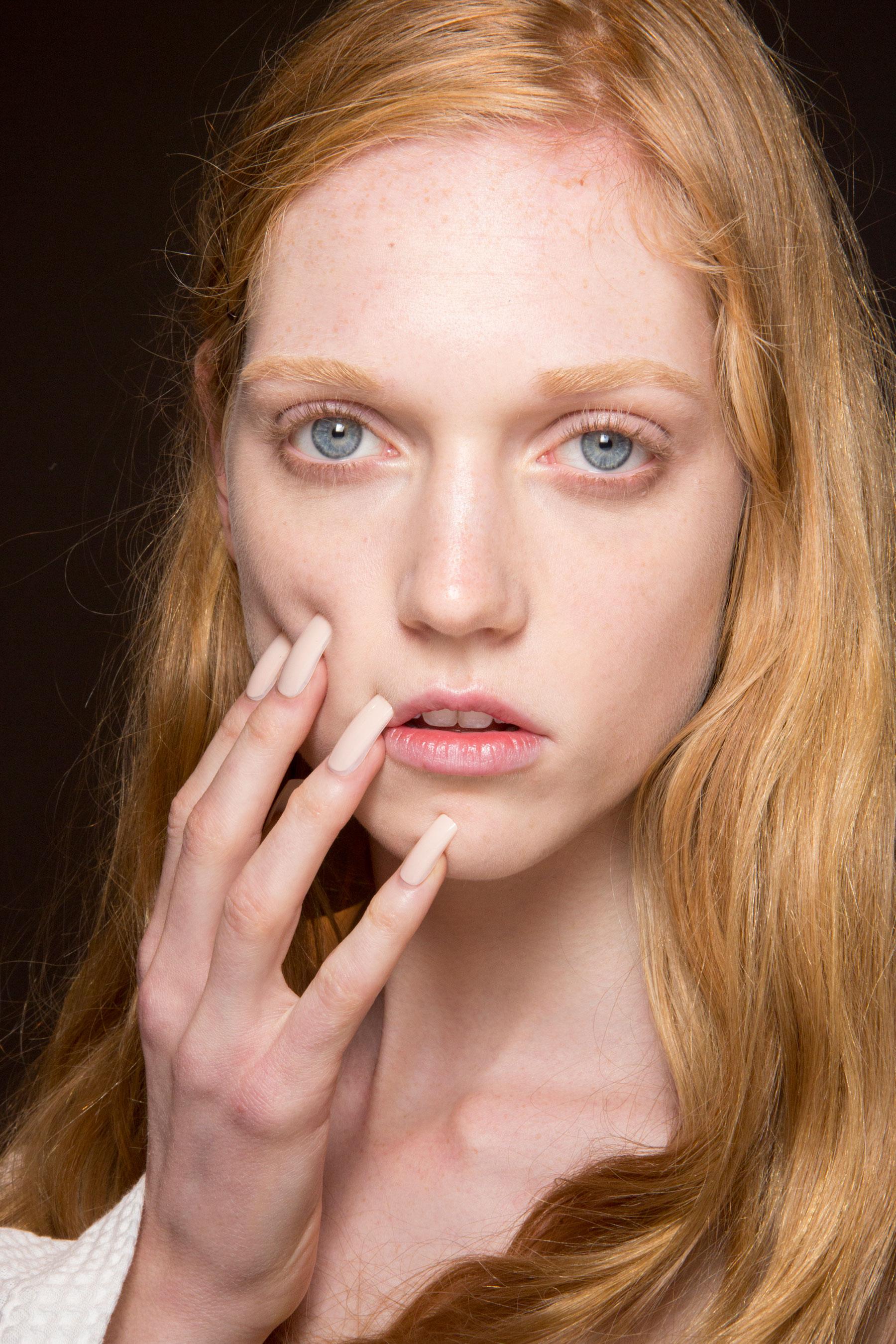 Gucci0-backsatge-beauty-spring-2016-fashion-show-the-impression-070