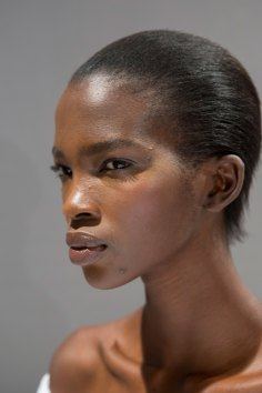 Gucci0-backsatge-beauty-spring-2016-fashion-show-the-impression-115