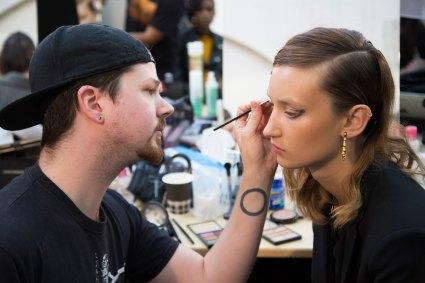 Guy-Laroche-spring-2016-beauty-fashion-show-the-impression-16