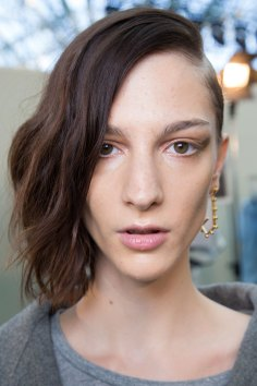 Guy-Laroche-spring-2016-beauty-fashion-show-the-impression-23