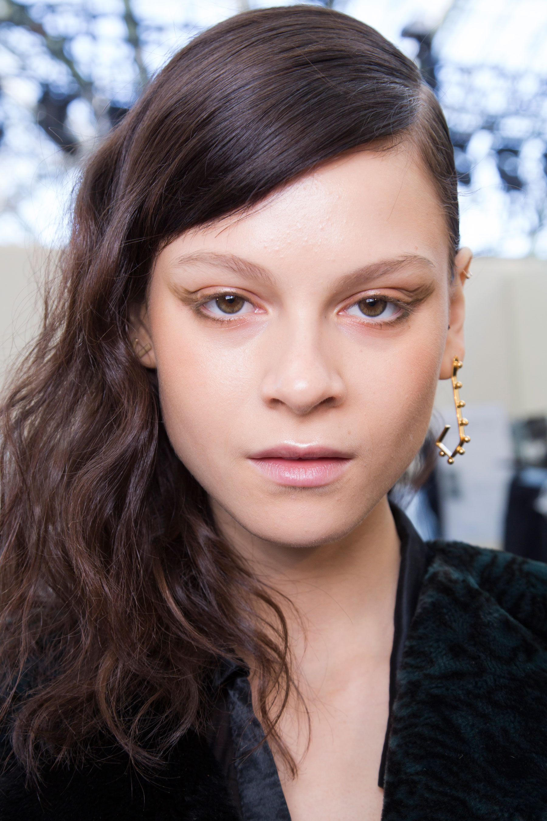 Guy-Laroche-spring-2016-beauty-fashion-show-the-impression-36