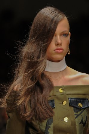 Guy-Laroche-spring-2016-runway-beauty-fashion-show-the-impression-10