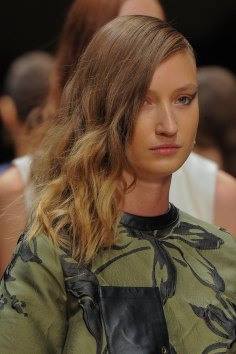 Guy-Laroche-spring-2016-runway-beauty-fashion-show-the-impression-41