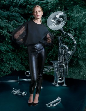 H-M-holiday-2017-ad-campaign-the-impression-03
