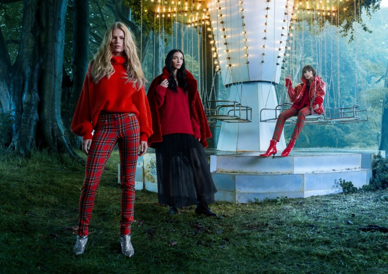 H-M-holiday-2017-ad-campaign-the-impression-05