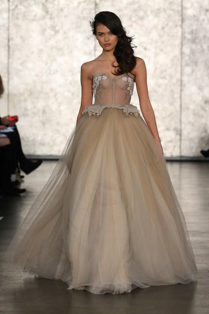 Inbal-Dror-fall-2016-bridal-fashion-show-the-impression-04