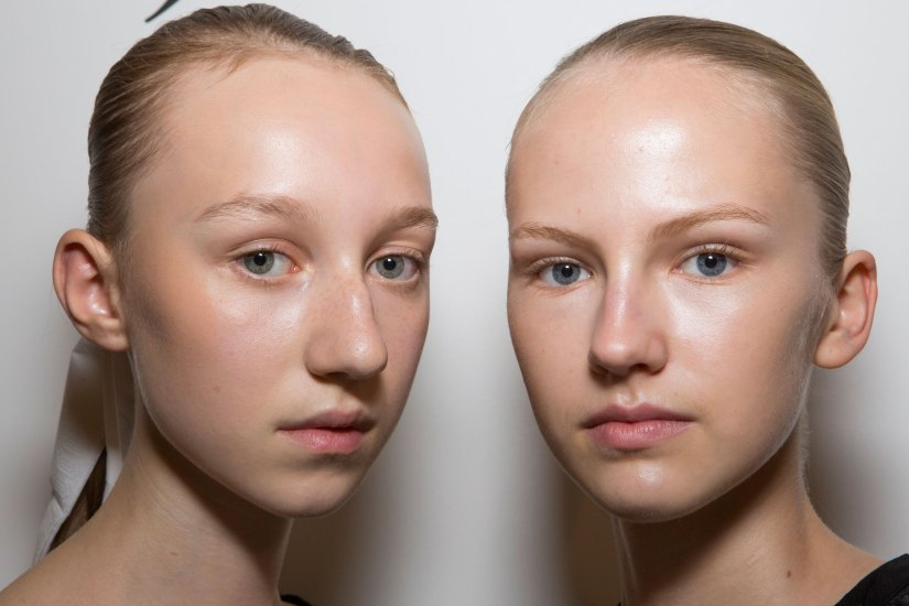 JW-Anderson-beauty-spring-2016-fashion-show-the-impression-038