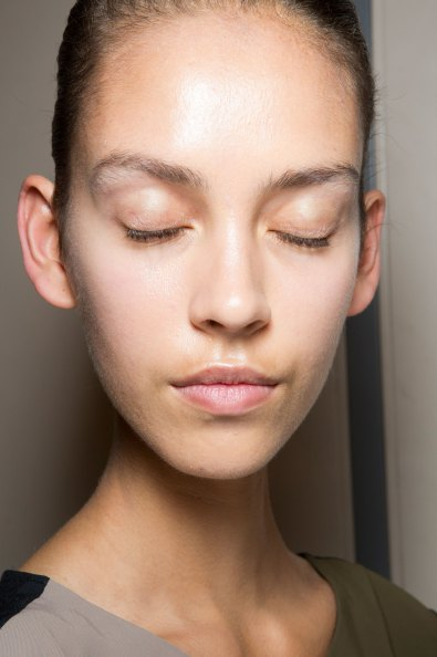 JW-Anderson-beauty-spring-2016-fashion-show-the-impression-056