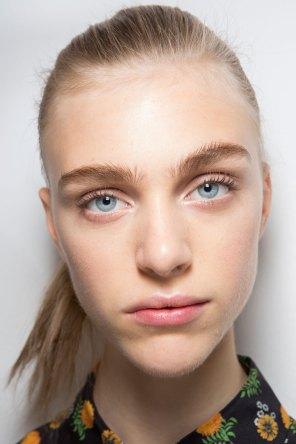 Jil-Sander-backstage-beauty-spring-2016-close-up-fashion-show-the-impression-067