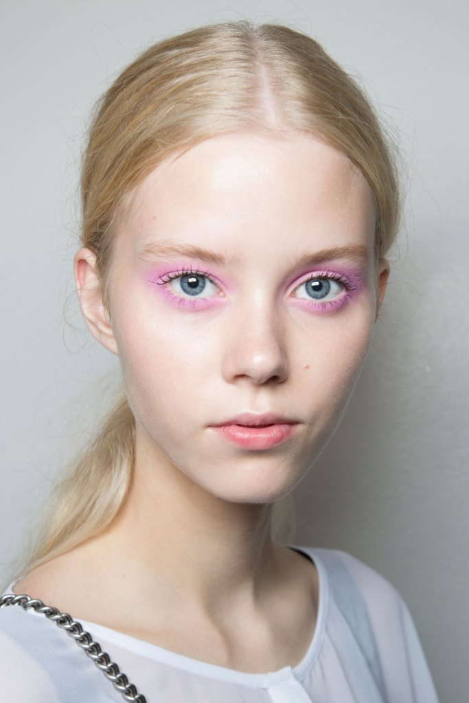 Jill-Stuart-backstage-beauty-spring-2016-fashion-show-the-impression-12