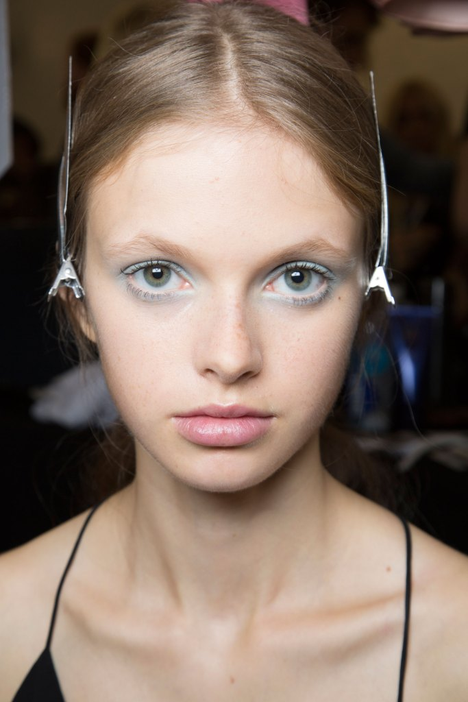 Jill-Stuart-backstage-beauty-spring-2016-fashion-show-the-impression-21