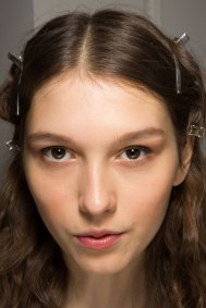 Lemaire-spring-2016-beauty-fashion-show-the-impression-33