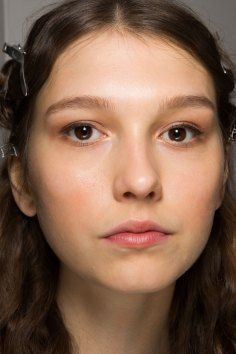 Lemaire-spring-2016-beauty-fashion-show-the-impression-34