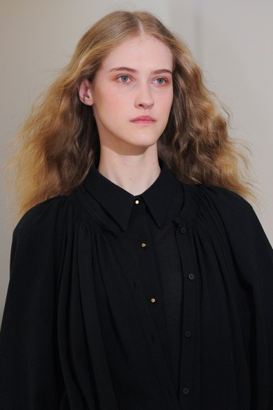 Lemaire-spring-2016-runway-beauty-fashion-show-the-impression-15