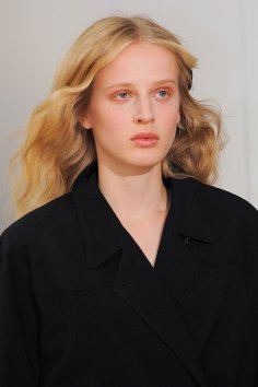 Lemaire-spring-2016-runway-beauty-fashion-show-the-impression-26