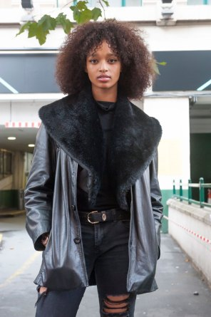 London-Fashion-Week-Street-Style-Day-1-spring-2016-the-impression-017