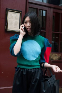London-Fashion-Week-Street-Style-Day-1-spring-2016-the-impression-029