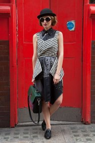 London-Fashion-Week-Street-Style-Day-1-spring-2016-the-impression-031