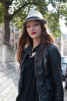 London-fashion-week-street-Style-Day-3-spring-2016-fashion-show-the-impression-024