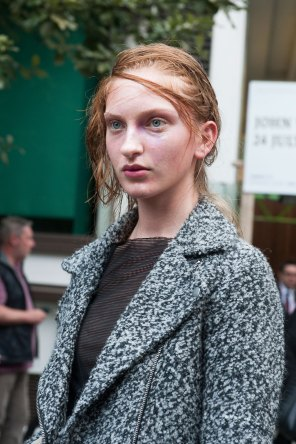London-fashion-week-street-Style-Day-3-spring-2016-fashion-show-the-impression-030