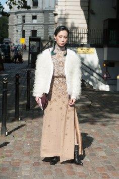 London-fashion-week-street-Style-Day-3-spring-2016-fashion-show-the-impression-063