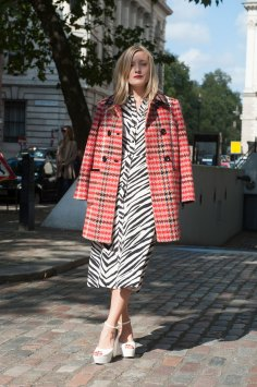 London-fashion-week-street-Style-Day-3-spring-2016-fashion-show-the-impression-065