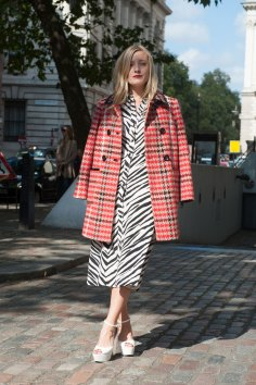 London-fashion-week-street-Style-Day-3-spring-2016-fashion-show-the-impression-065