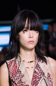 Louis-Vuitton-spring-2016-runway-beauty-fashion-show-the-impression-02