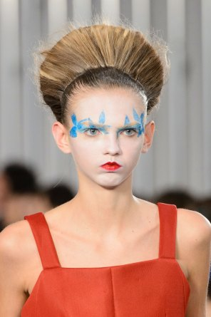Maison-Margiela-spring-2016-runway-beauty-fashion-show-the-impression-028