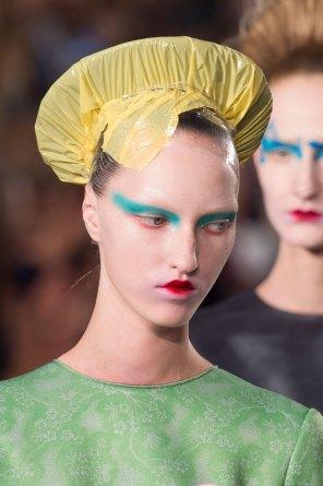 Maison-Margiela-spring-2016-runway-beauty-fashion-show-the-impression-083