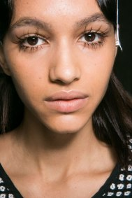 Marni-backstage-beauty-spring-2016-fashion-show-the-impression-015