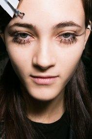 Marni-backstage-beauty-spring-2016-fashion-show-the-impression-018