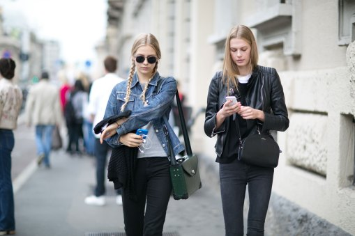 Milan-fashion-week-street-style-day-6-september-2015-the-impression-004