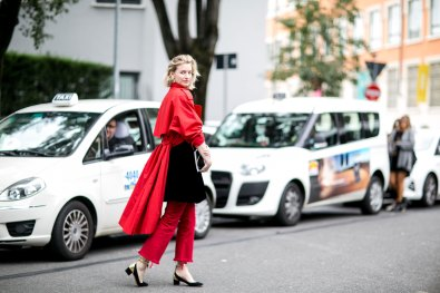Milan-fashion-week-street-style-day-6-september-2015-the-impression-044