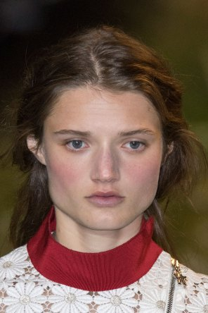 Moncler-Gamme-Rouge-spring-2016-runway-beauty-fashion-show-the-impression-50