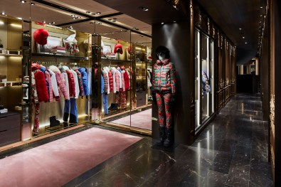 Moncler-Milan-Flagship-store-opening-review-the-impression-05