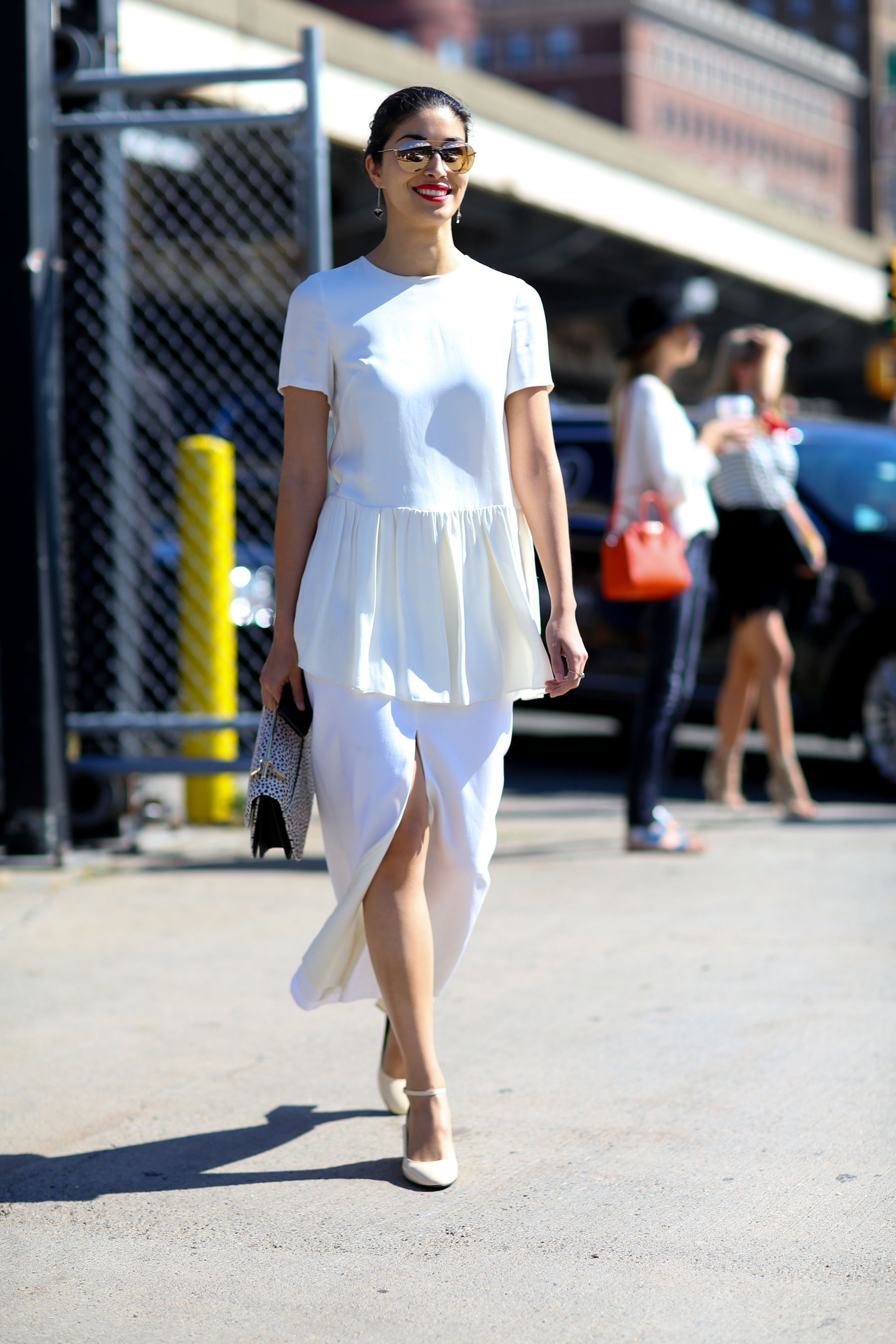 NEW-YORK-FASHION-WEEK-STREETS-STYLE-DAY5-spring-2016-fashion-show-the-impression-53