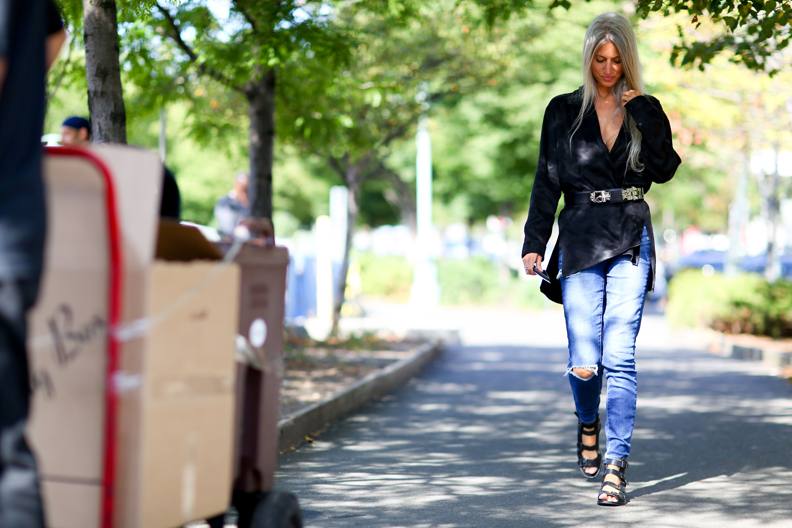 NEW-YORK-FASHION-WEEK-STREETS-STYLE-DAY5-spring-2016-fashion-show-the-impression-94