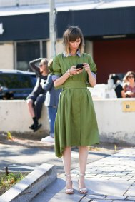 NEW-YORK-FASHION-WEEK-STREETS-STYLE-DAY5-spring-2016-fashion-show-the-impression-97