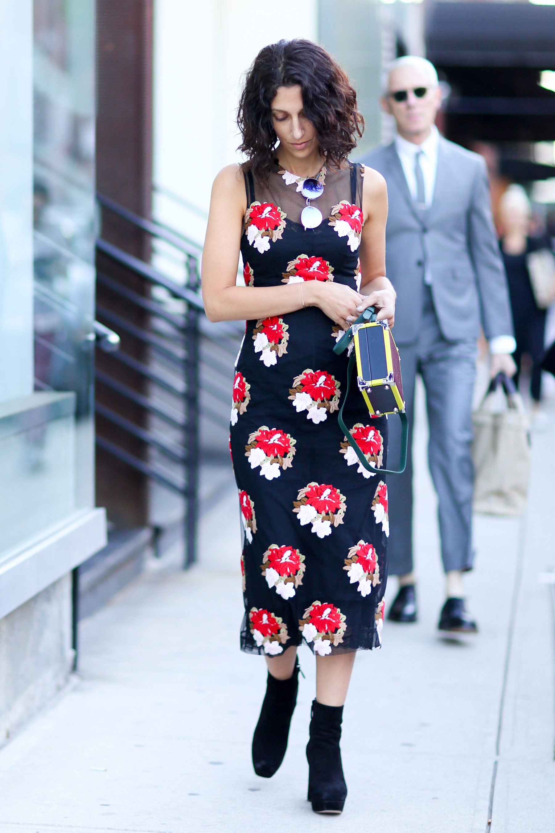NEW-YORK-FASHION-WEEK-STREETS-STYLE-DAY5-spring-2016-fashion-show-the-impression-98